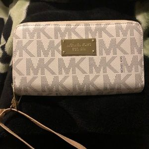 Michael Kors wallet large